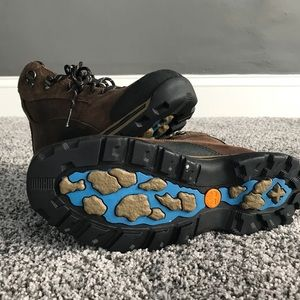 Timberland Shoes - NWOT Timberland Hiking Boots